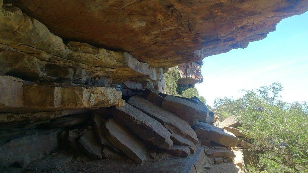 tranquility-cracks-hiking-trail