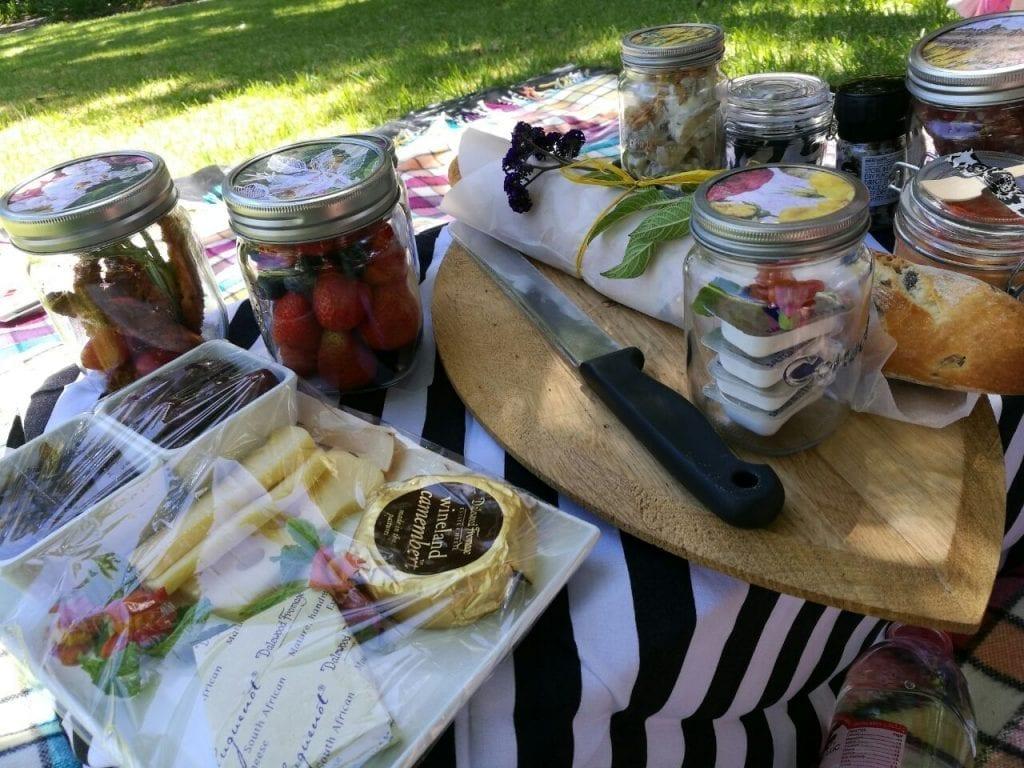 la-bri-picnics