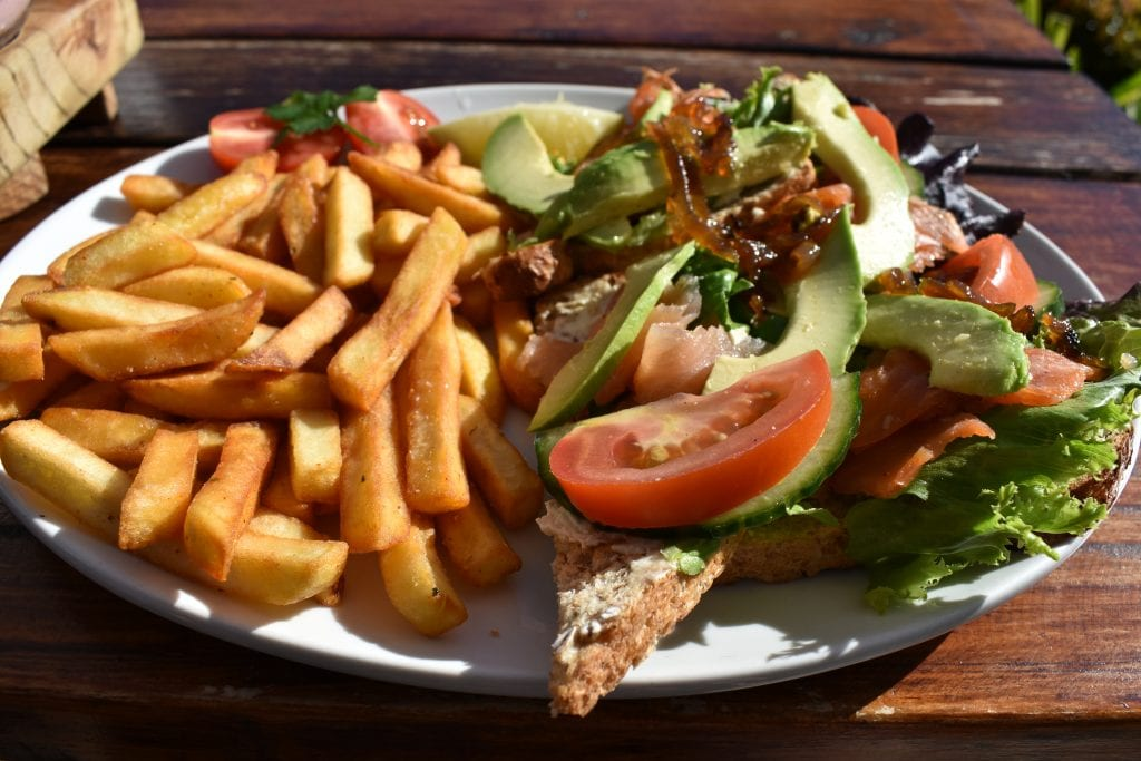 good-food-and-co-salmon-sandwich