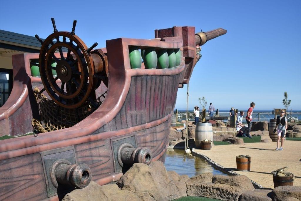 pirate-ship-benguela-cove-estate