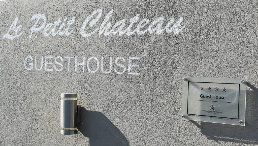 le=petit-chateau-cape-town-accommodation