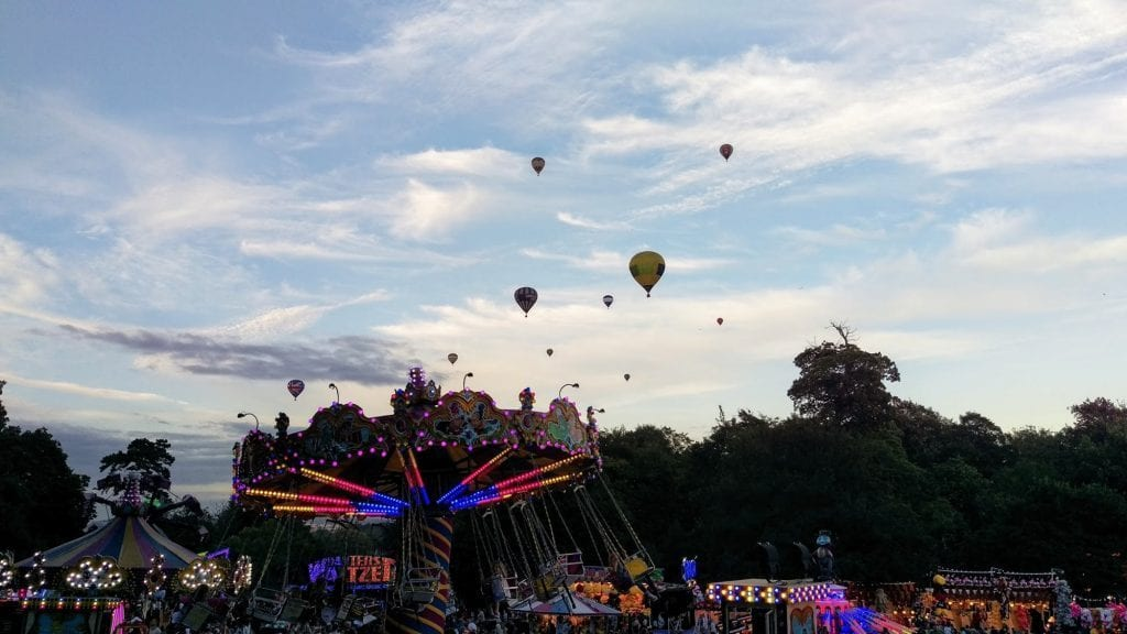 bristol-international-balloon-fiesta-justine-cross