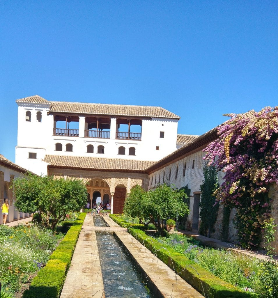generalife-palace-alhambra-tasty-errands