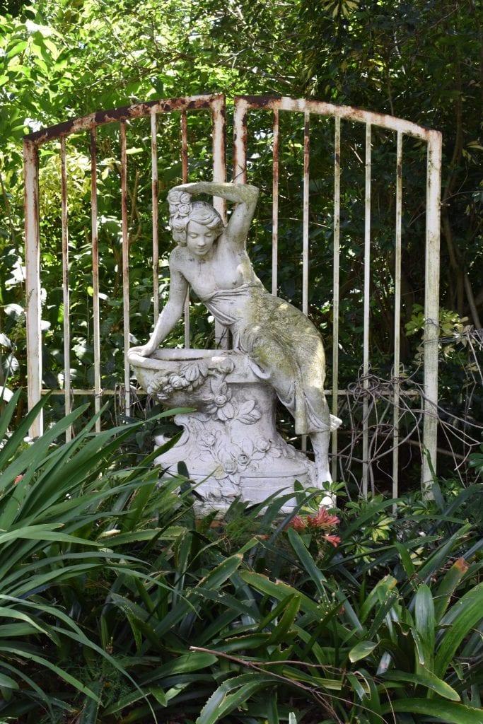 avondale-garden-statue