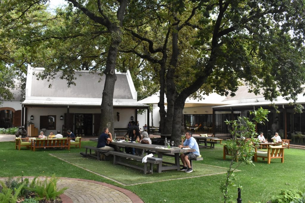 pierneef-a-la-motte-garden-seating