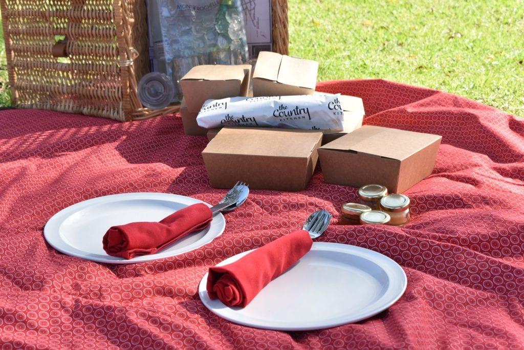 mont-rochelle-picnics
