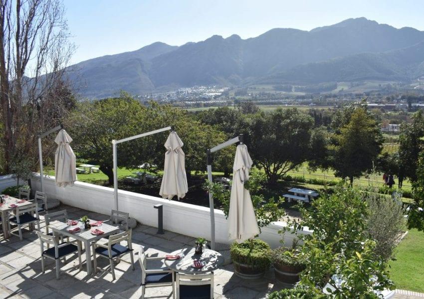 country-kitchen-restaurant-mont-rochelle