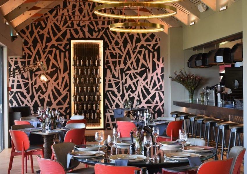 kunjani-wines-restaurant-interior