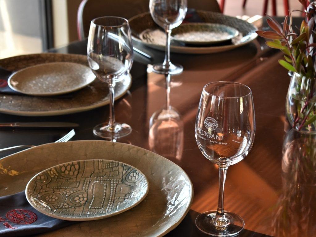 kunjani-wines-restaurant-seating