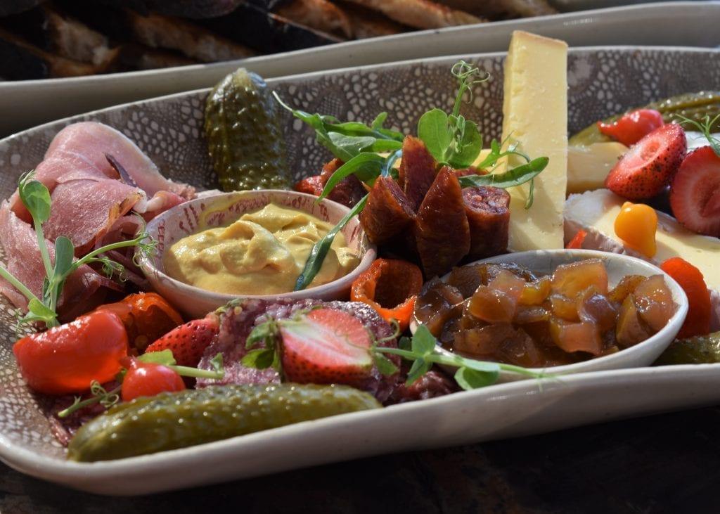 mixed-platter-kunjani-wines-stellenbosch-wine-estate