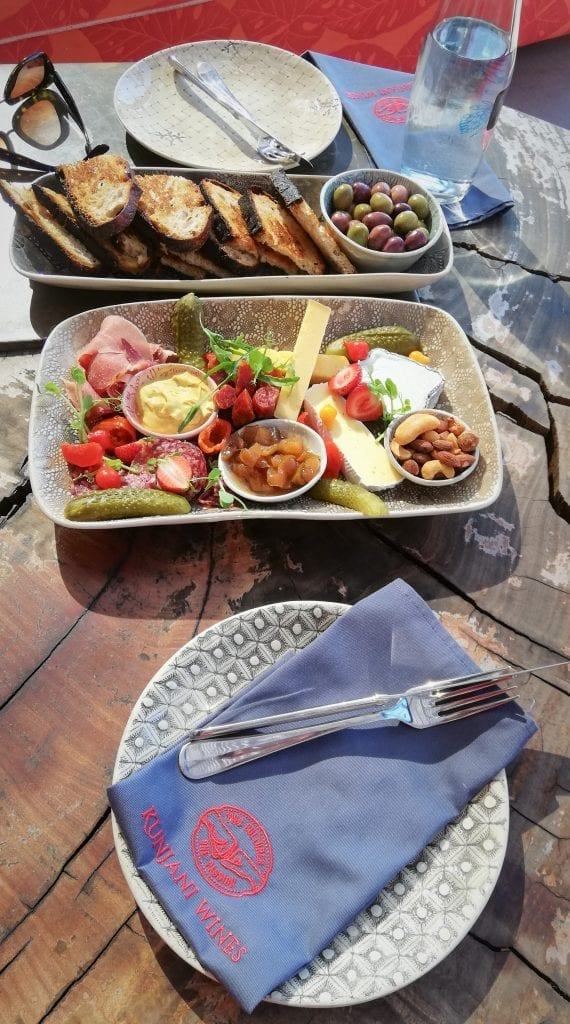 kunjani-wines-mixed-platter