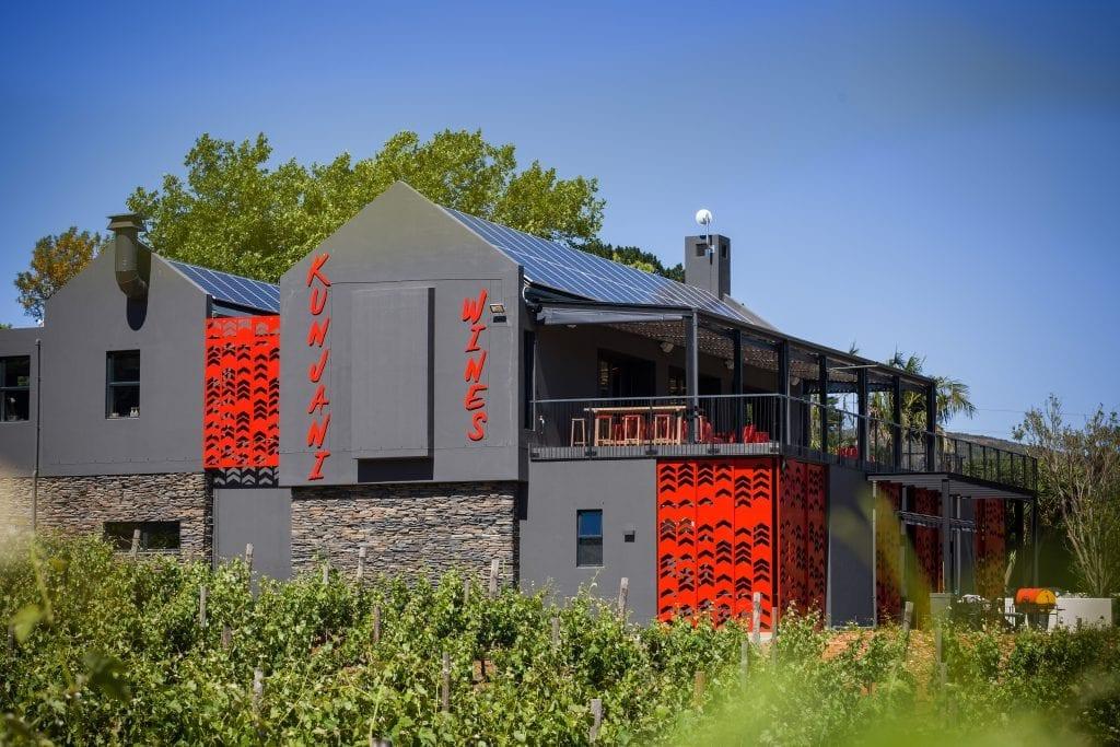 hein-van-tonder-kunjani-wines-facade