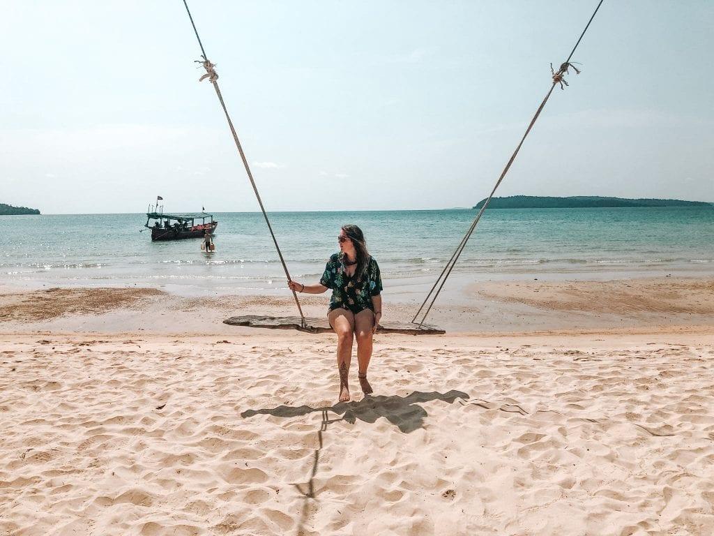 lana-travels-tamlyn-amber-wanderlust