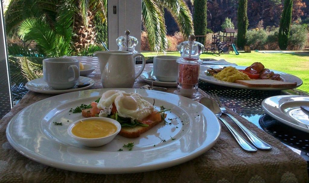 cascade-country-manor-breakfast