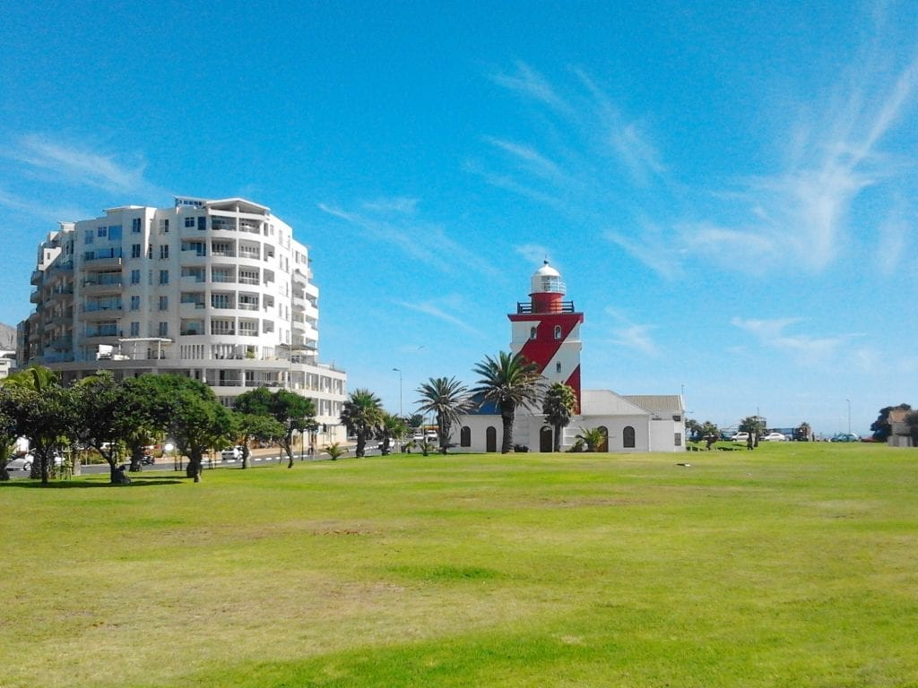 green-point-lighthouse-cape-town