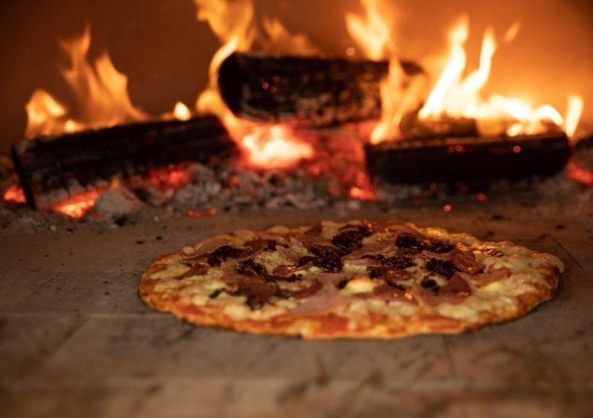 elgin-vintners-eatery-pizza