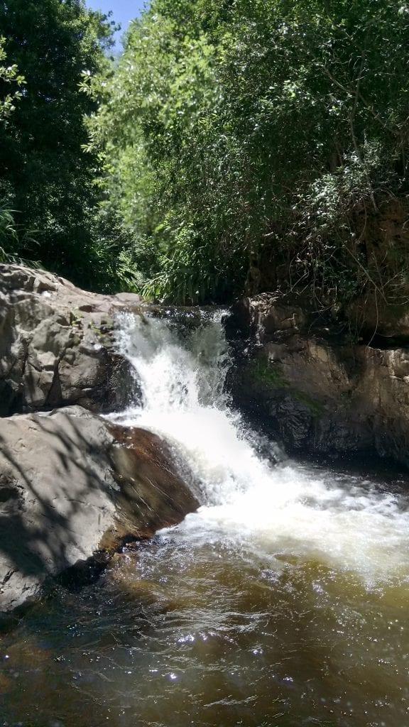 welvanpas-hike-waterfall