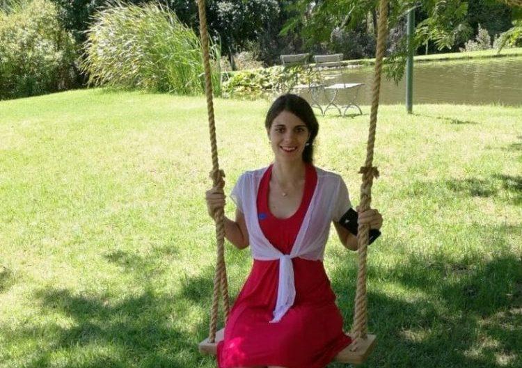 holden-manz-outdoor-rope-swing