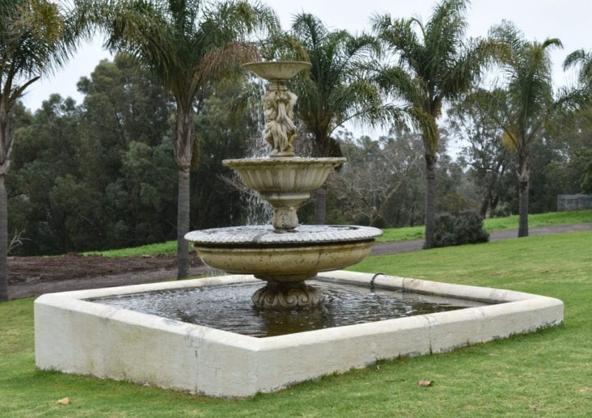 klein-roosboom-fountain