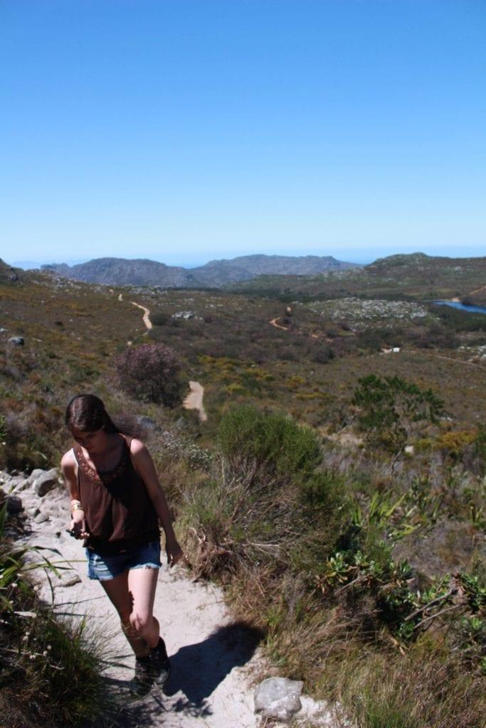 elephants-eye-cave-hike