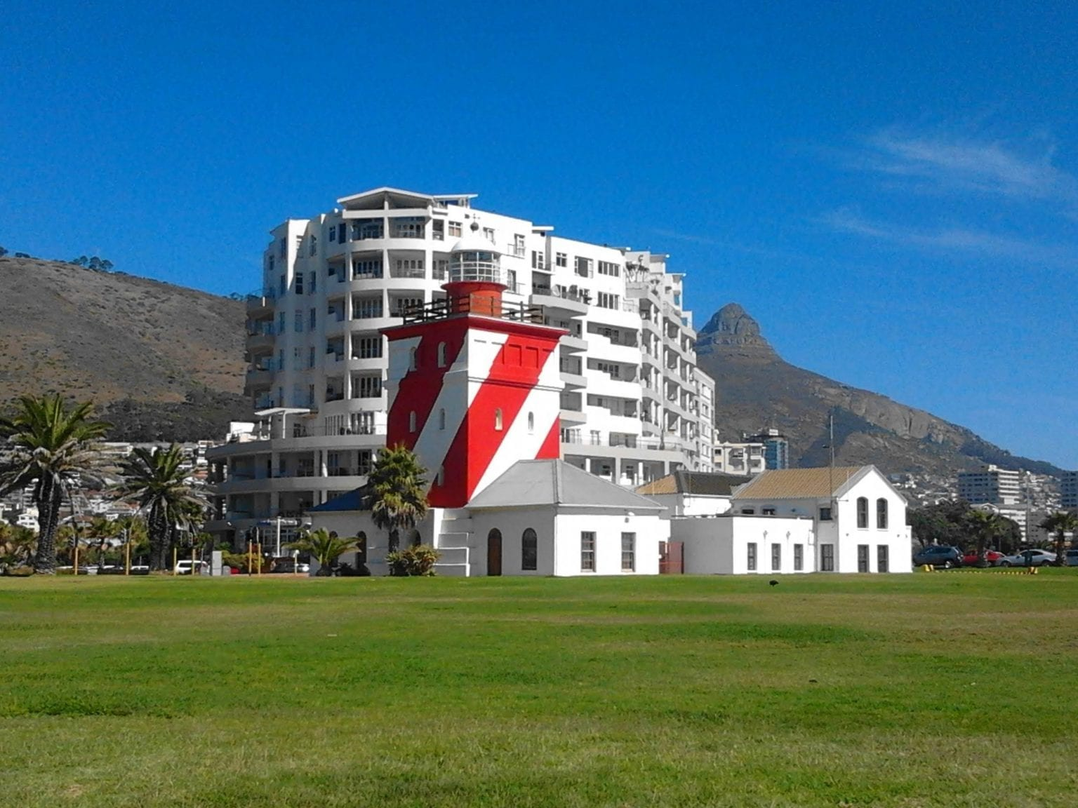 green-point-lighthouse-roadside-attractions-western-cape