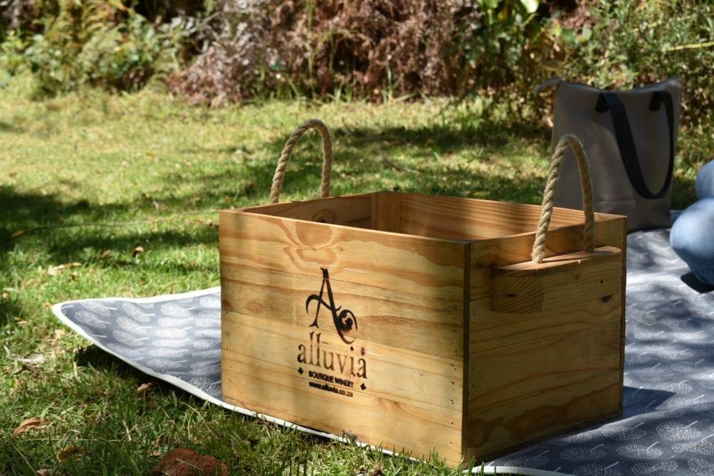 alluvia-boutique-winery-picnic