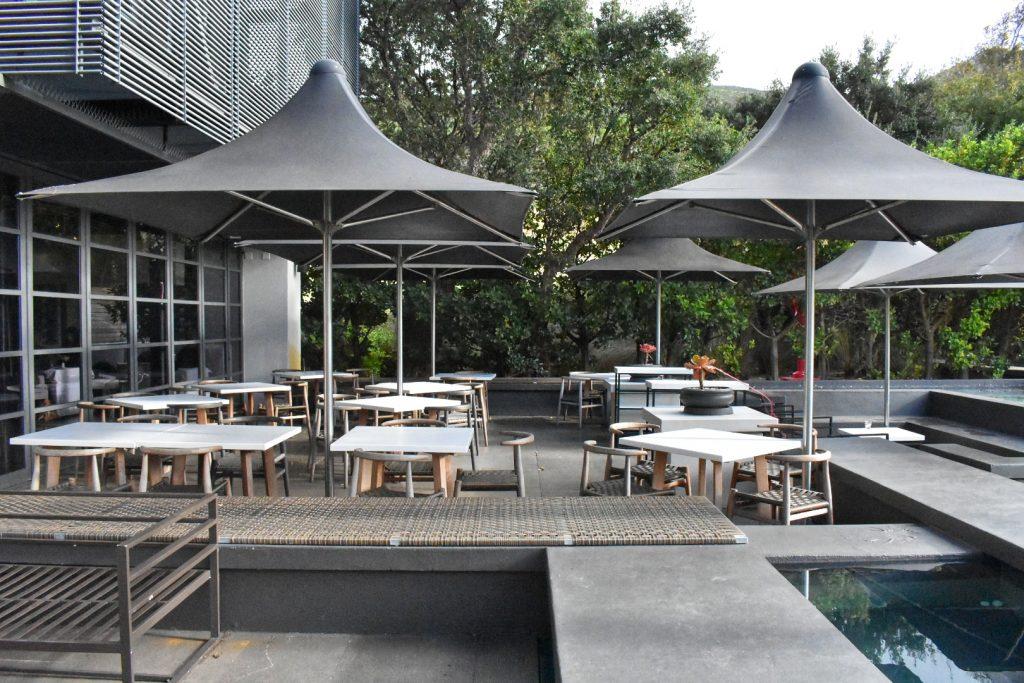 outdoor-seating-steenberg-estate