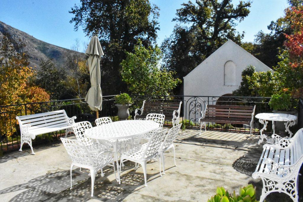 old-nectar-manorhouse-terrace