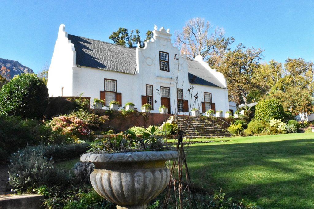 old-nectar-estate-manorhouse