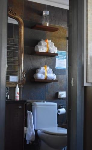 molo-lolo-lodge-bathroon