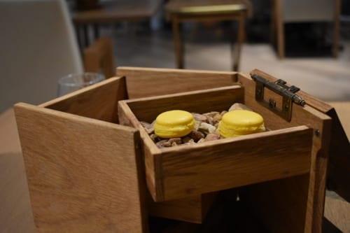 mango-macaroons-gate-restaurant
